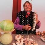Ляхавіччына: социальные работники помогают своим подопечным в домашних делах