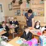Знания для всех. 1 сентября за парты в Ляховичском районе сели 2896 мальчиков и девочек